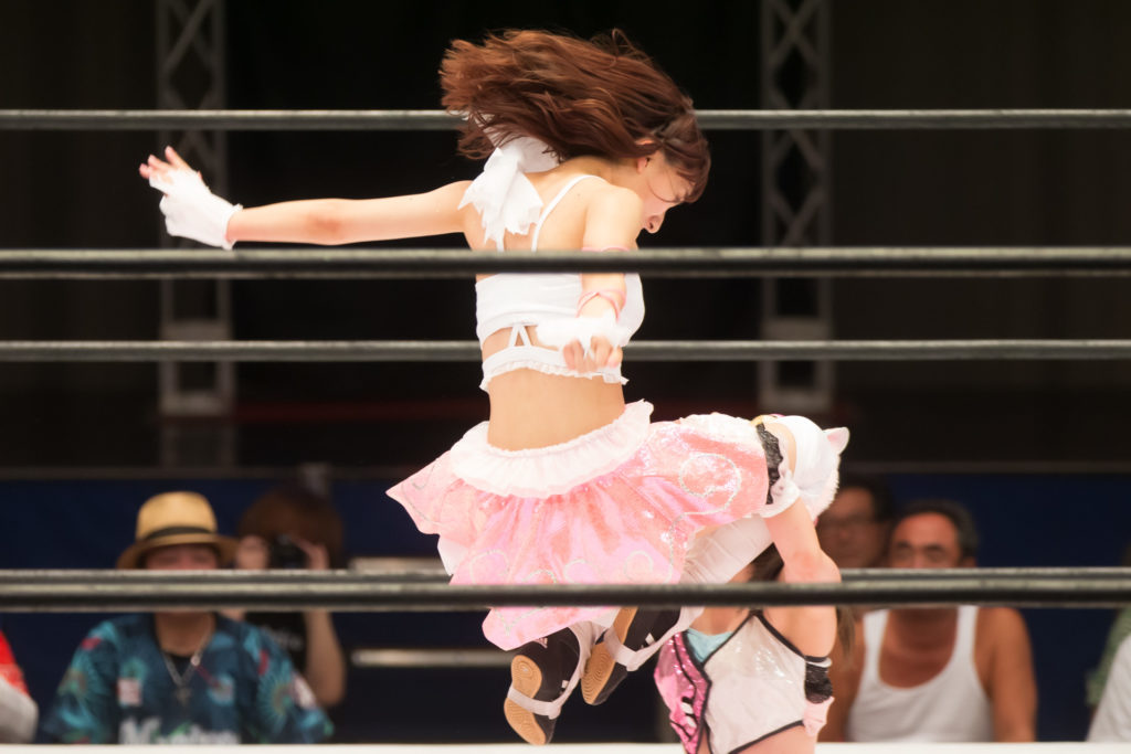 Hitting Soumato to Starlight Kid for win / Riho on STARDOM High Speed Championship match 10 (8/10/2019)